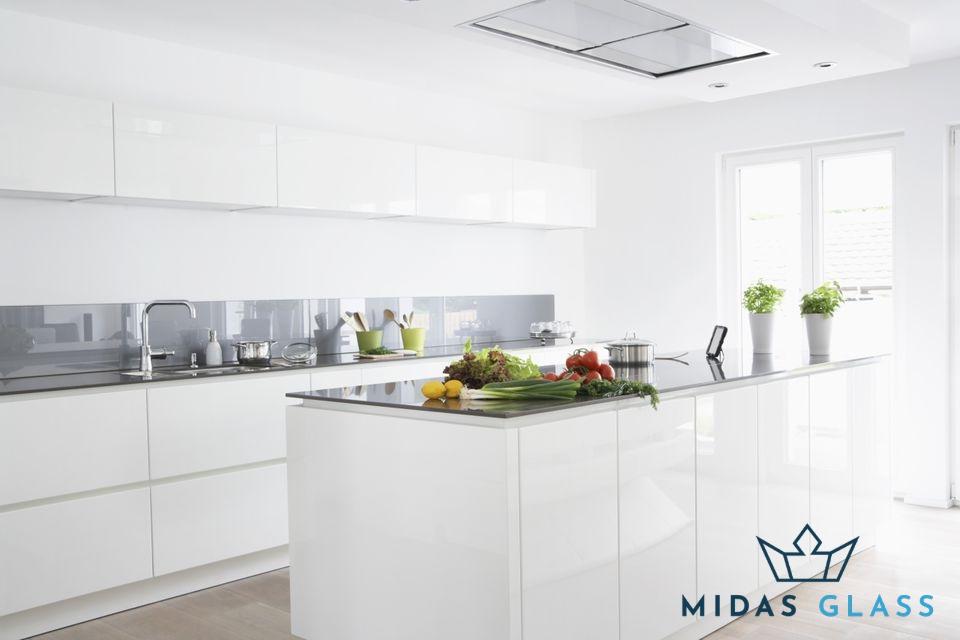 Awe Inspiring Glass Backsplash Midas Glass Contractor Singapore Direct Home Interior And Landscaping Eliaenasavecom