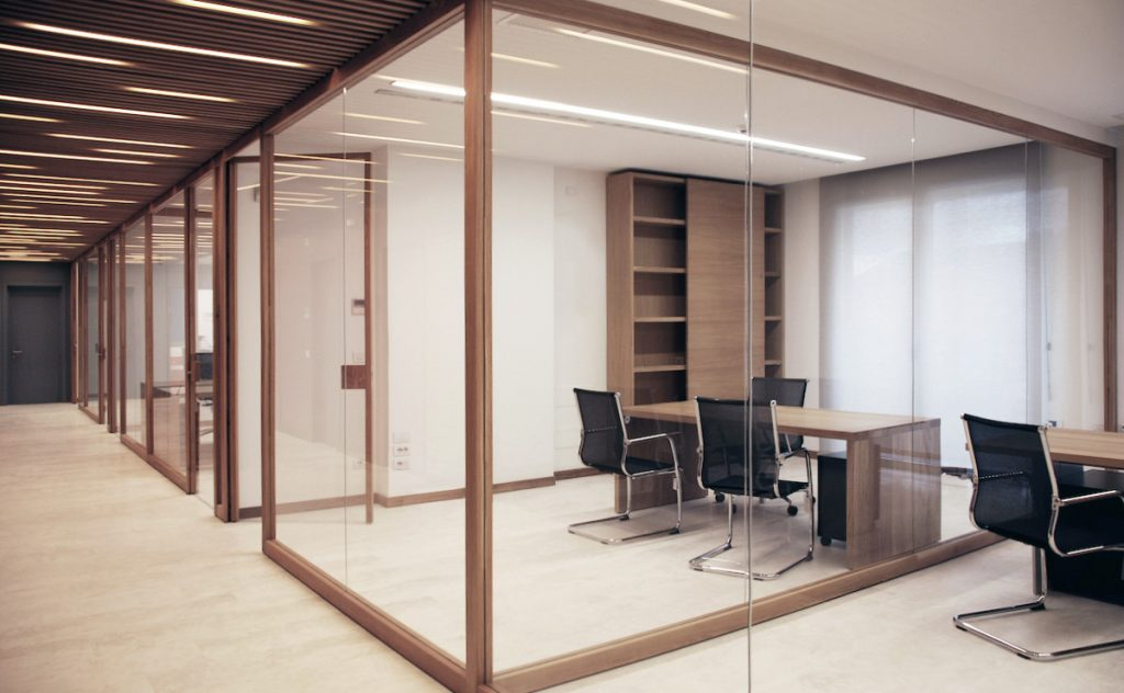 glass-partition-wall-midas-glass-contractor-singapore