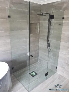 toilet glass door midas glass contractor singapore