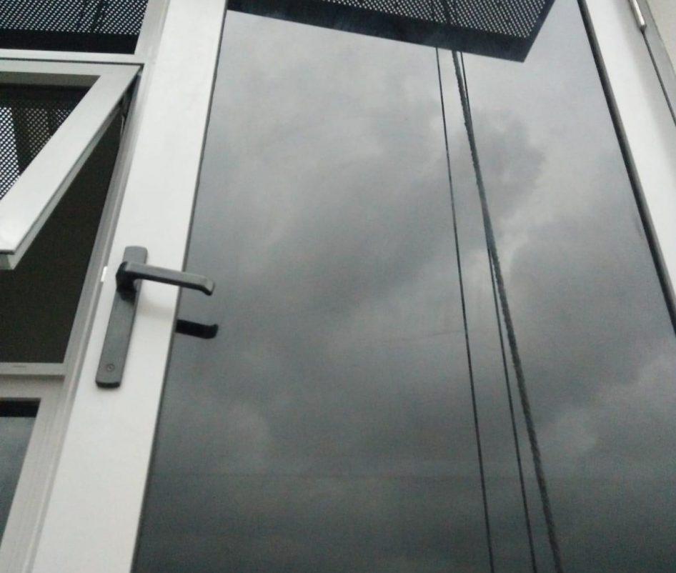 glass window installation midas glass contractor singapore condo tampines 2